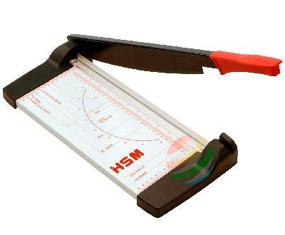 Сабельный резак HSM CM 3206